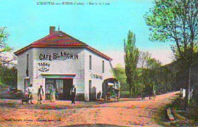 L'Hopital sur Rhins Route de Lyon