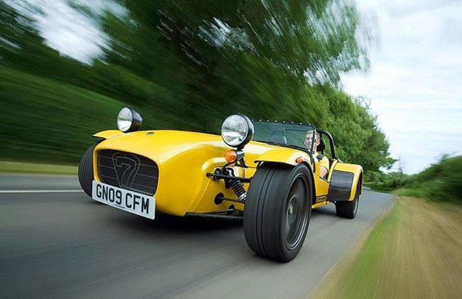 2011Caterham7Superlight_001