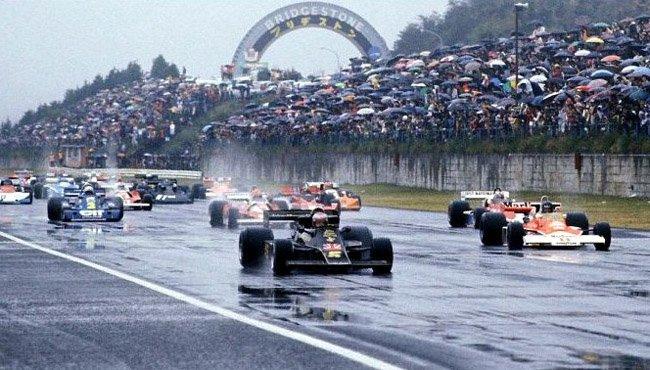 Mario Andretti Japon 1976 Lotus 77