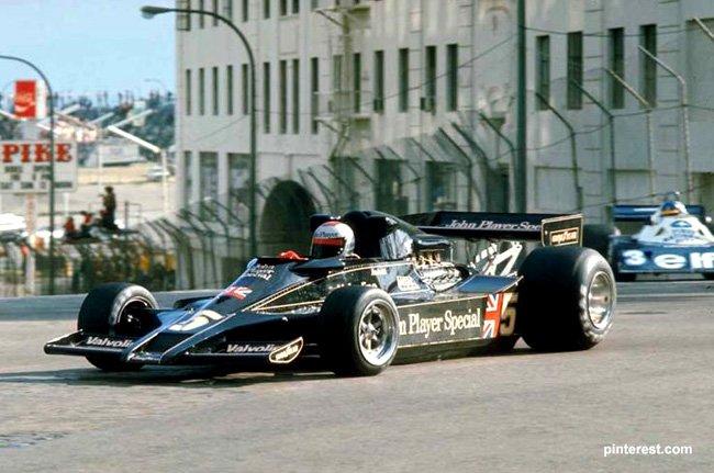 1977 Long Beach victoire  Andretti Lotus 78