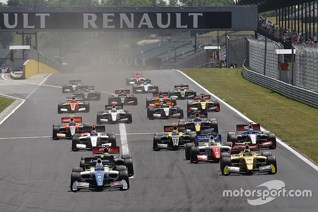 frenault-3-5-hungaroring-2015-start